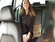 Young girl offered money to make blowjob taxi driver and she agreed